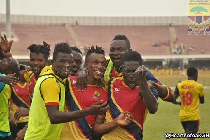 Samuel Yeboah mobbed by teammates